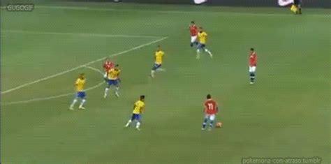 imagenes que se mueven de jugadas de futbol futbol goles lujos y mas en gif viva el futbol taringa