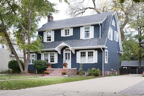 colonial house style characteristics 22 best images about dutch colonial house remodel on