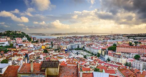lisbon the best of lisbon for stay travel books a local s guide to the secret side of lisbon insider