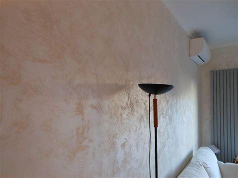 pitture per interni moderni 17 best images about ambientazioni pittura effetto sabbia