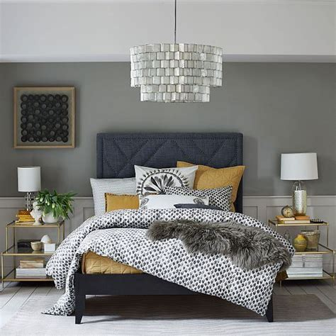 grey and gold bedroom 25 best ideas about navy gold bedroom on pinterest gold