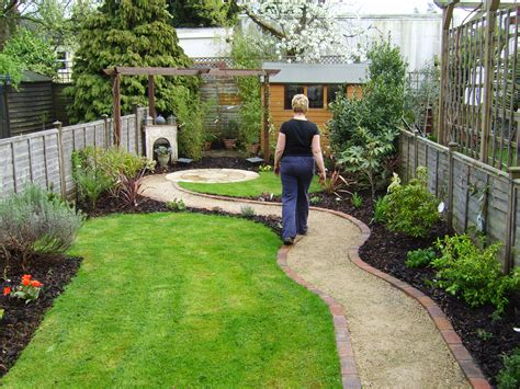 small backyard garden design small but perfectly formed floral hardy uk