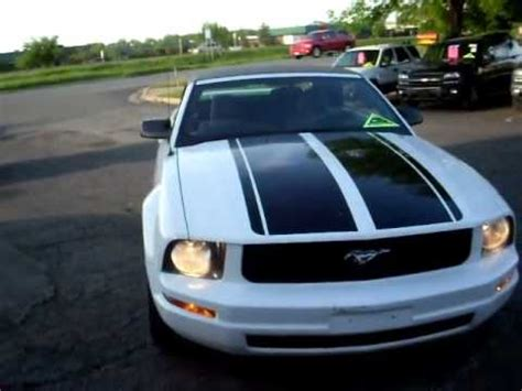 ford mustang convertible  liter  automatic