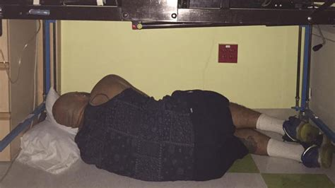 in daddys bed photo of pa dad sleeping under son s hospital bed goes