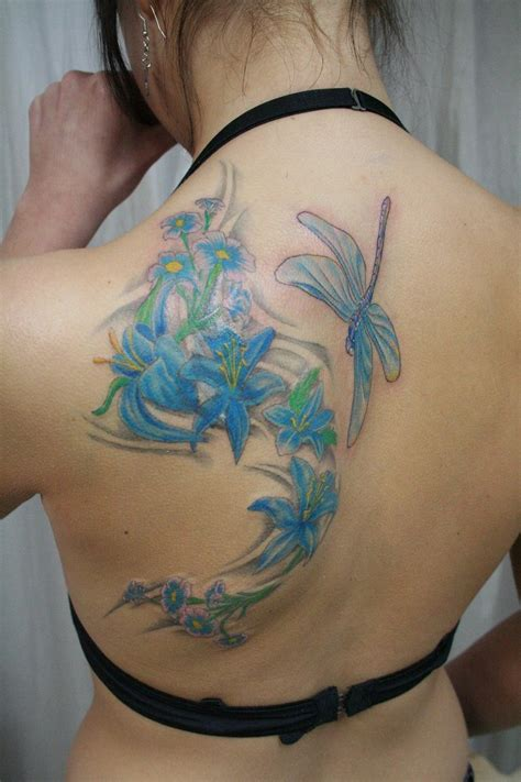 small flower tattoos on back shoulder flower design on back shoulder