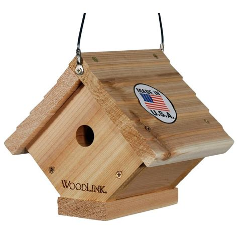 woodlink cedar traditional wren bird house wren2 the