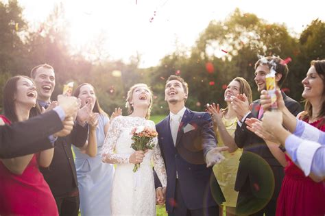 how to dress for a civil wedding ideas for guests