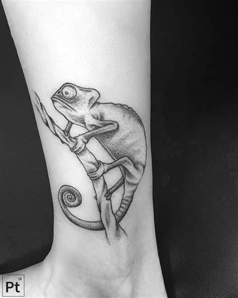 pointillism tattoo chameleon pointillism eventually
