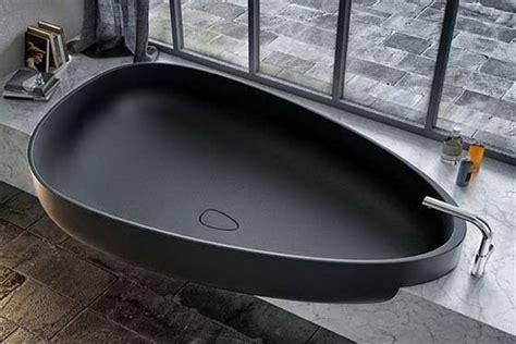 amazing bathtubs amazing egg shaped bath tub luxury topics luxury portal