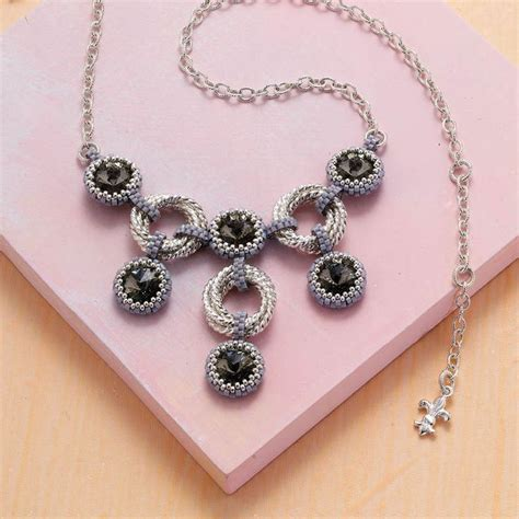 beading jewelry 15 best ideas about beaded bezels for cabochons on