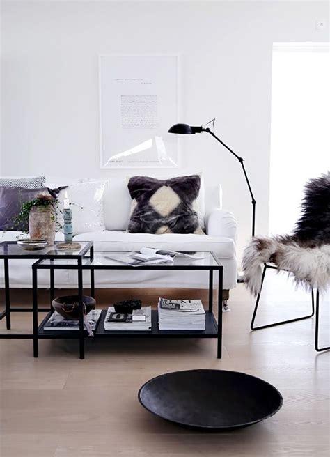 regal hinter sofa snyggt soffbord vittsj 246 ikea 499 kr decorations