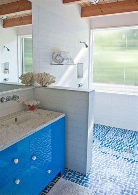 36 blue and white bathroom floor tile ideas and pictures blue and white bathroom floor tiles original orange blue