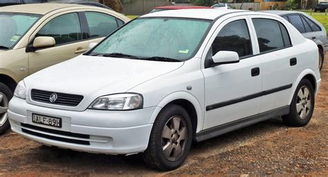 holden hatchback 2001 holden astra hatchback pictures information and