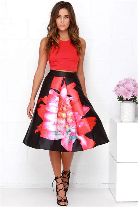 15 simple and marvelous printed skirts styles at
