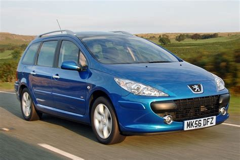 peugeot 307 sw peugeot 307 sw 2002 car review honest john