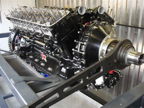 rolls royce engine the rolls royce merlin 27 litre supercharged v12 this