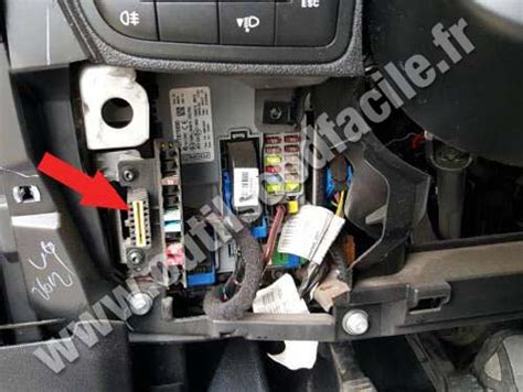 obd connector location  fiat qubo  outils