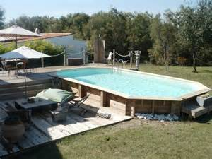 piscine hors sol en bois semi enterr 233 e avec sa terrasse et