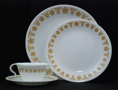 pattern corelle vintage corelle gold butterfly pattern 16 pc by