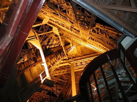 eiffel tower interior october 171 2004 171 reenigne blog