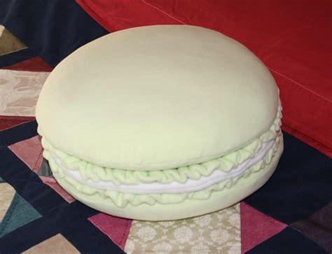 cuscini forma di biscotto carolicrea un nuovo cuscino biscotto
