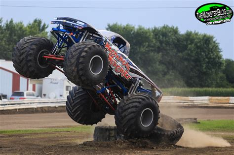 monster truck show 2015 themonsterblog com we know monster trucks monster