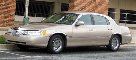 lincoln town car 46i a photos news reviews specs car listings