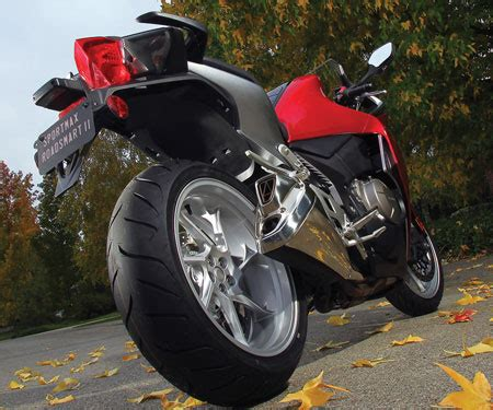 Ban Dunlop Sport Max motorcycle house offering motorcycle tires for all kinds