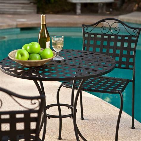 tavoli e sedie in ferro battuto da giardino sedie da giardino in ferro battuto tavoli da giardino