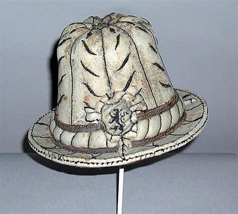 16th century men hats 55 best 16th century men s wear costume clothing ldvf