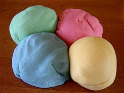 Mainan Slime Strowbery ilmu pengetahuan cara membuat playdough sendiri malam