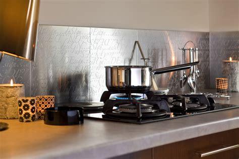 plaque adh駸ive inox cuisine cr 233 dence cuisine metal decor