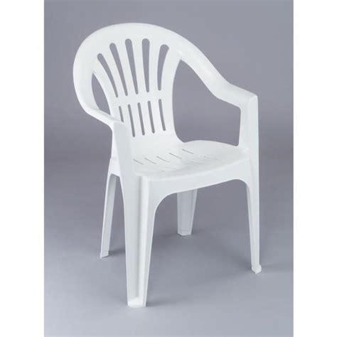 Supérieur Chaise Relax De Jardin #7: Lot-12-chaises-de-jardin-en-plastique-blanc-elba.jpg