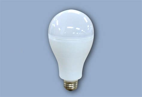new smartcharge led lightbulb works even when the power
