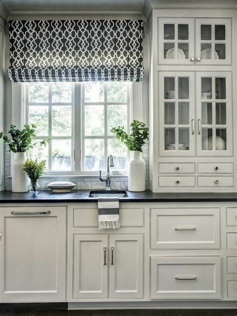 Kitchen Window Ideas Photos Raffrollo F 252 R K 252 Che Eine Praktische Dekoration F 252 R Die