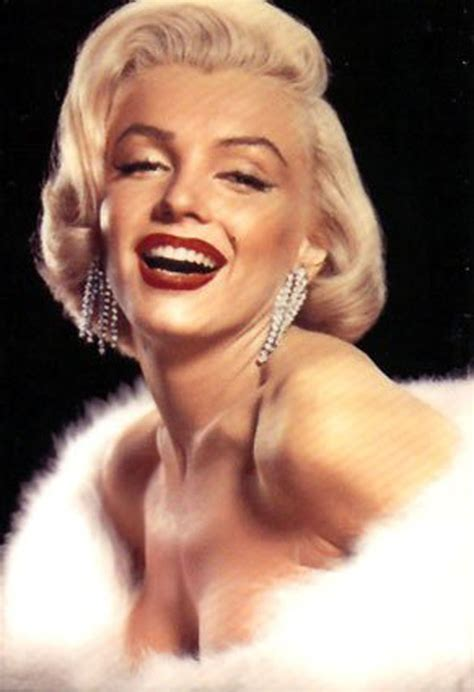 The Marilyn L by Level 4 Make Up In Motion 1960s Fashion And