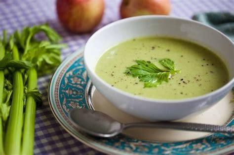 zuppa di sedano 10 zuppe invernali greenme