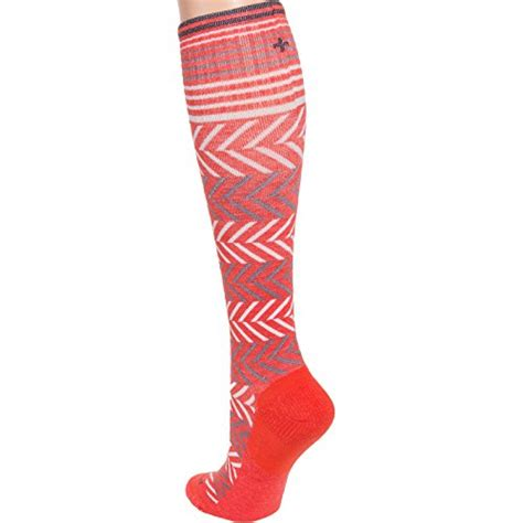 Compression Socks For Travellers Sockwell Womens Chevron Travel Compression Socks Guava S M Frenzystyle