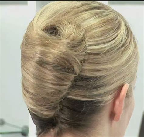 how to french twist hair 9 steps with pictures wikihow french twist in easy steps short hairstyle 2013