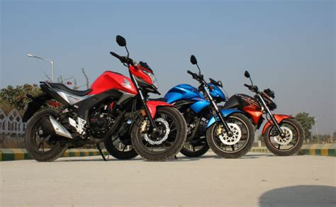 Suzuki Hornet Comparison Between Suzuki Gixxer Vs Honda Cb Hornet 160r