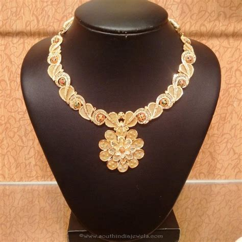 Trend Worth Trying Gold Necklaces by Design Your Wedding 5 Trends In Bridal Gold