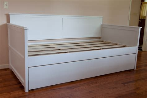 White Wood Daybed With Trundle Size White Wood Daybed With Trundle Design Decofurnish