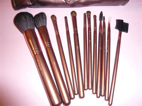 Mac Brush Set 12 Brushes express 12 mac brush set brown