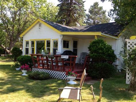 Pine Cottages pine cottages cottage reviews photos stanhope canada tripadvisor
