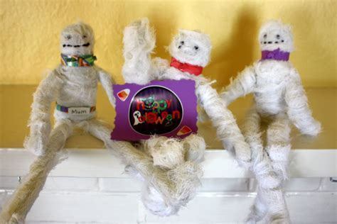 mummy craft for crafts for preschoolers craft mummies