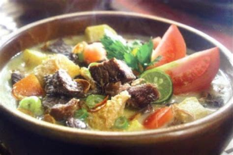 soto betawi indonesian coconut beef soup keeprecipes