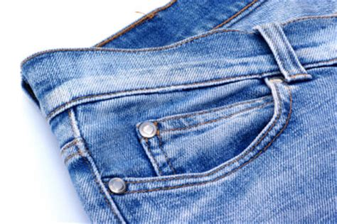 blutflecken auf matratze entfernen blutfleck aus entfernen so reinigen sie ihre kleidung