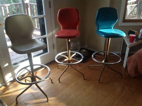 vintage chromcraft bar stools chromcraft fiberglass stools and vintage bar collectors
