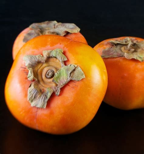 a fruit that looks like a tomato what is that fruit as sweet as honey
