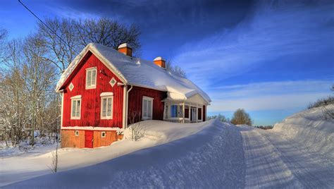 house in the snow red house in the snow hd wallpaper 2409480